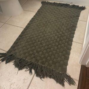Textured grey kitchen/bath mat